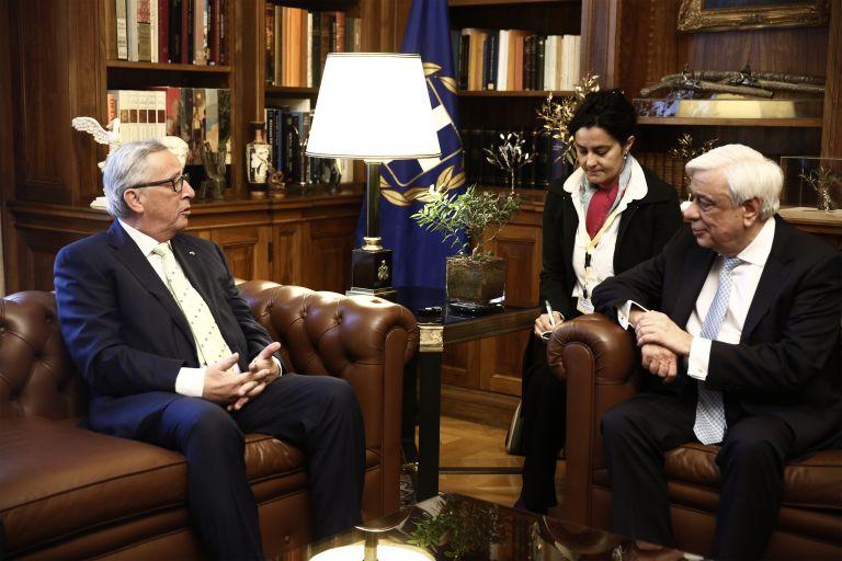 Γιούνκερ: Ούτε στιγμή δεν διανοήθηκα ότι θα έφευγε η Ελλάδα από το ευρώ | tanea.gr