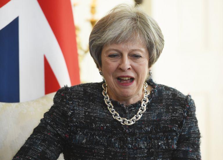 Απογοητευμένη η Μέι για το ΑΕΠ της Βρετανίας   tanea.gr