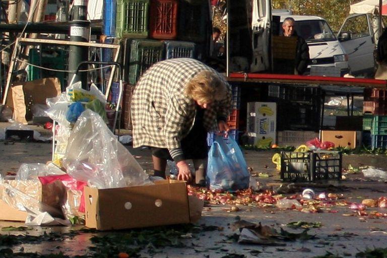 Ακραία φτώχεια για το 21% των Ελλήνων – Δεν έχουν ούτε τα βασικά αγαθά | tanea.gr