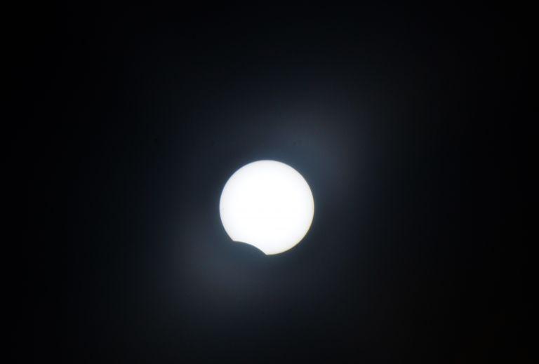 Ρωσία: Κοσμοναύτης απαθανάτισε την Σελήνη την ώρα «που χάνεται» (βίντεο)   tanea.gr
