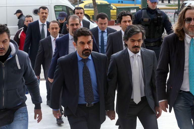 Προκλητικός Τσαβούσογλου: Η Ελλάδα προστατεύει πραξικοπηματίες | tanea.gr