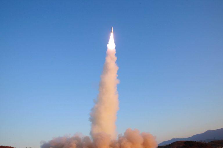 Σαουδική Αραβία: Αναχαίτισε δύο πυραύλους πάνω από την πρωτεύουσα Ριάντ   tanea.gr