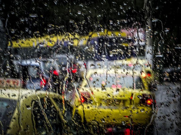 Βροχές, καταιγίδες, αφρικανική σκόνη και ζέστη | tanea.gr