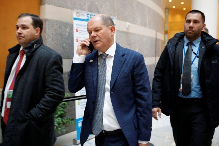 Γερμανία: «Δεν υπάρχουν προ-δεσμεύσεις ή αποφάσεις» για το ελληνικό χρέος | tanea.gr