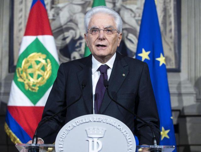 Ιταλία: «Πολιτικό πρόσωπο θα είναι ο νέος πρωθυπουργός» | tanea.gr