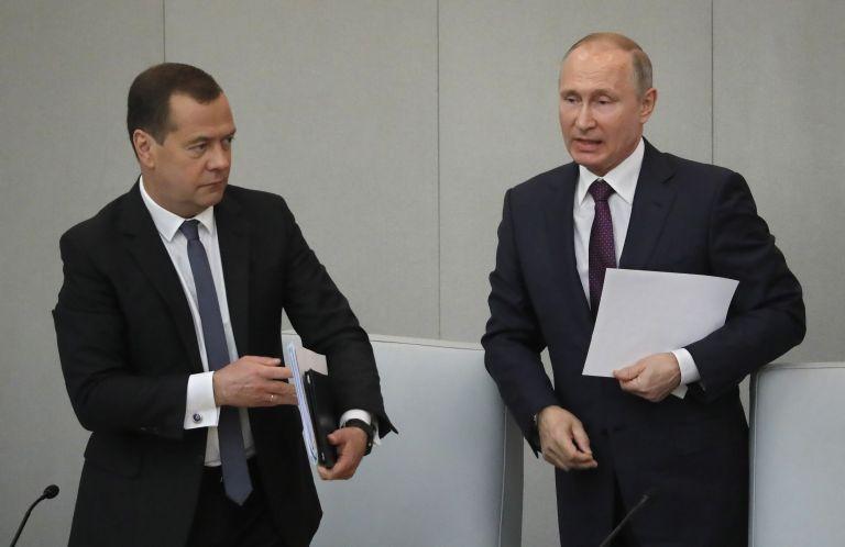 Εγκρίθηκε η υποψηφιότητα Μεντβέντεφ για το αξίωμα του πρωθυπουργού | tanea.gr