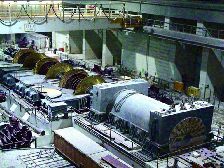 Εμπλουτισμό ουρανίου και αντίποινα στις ΗΠΑ εξετάζει το Ιράν | tanea.gr