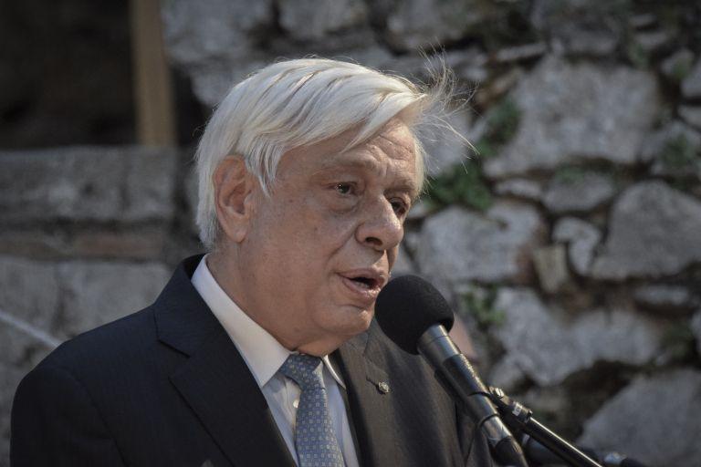 Συγχαρητήρια Παυλόπουλου στην Αννα Κορακάκη | tanea.gr