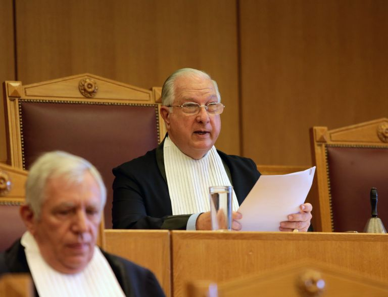 Bomshell resignation of Council of State President Sakellariou   tanea.gr