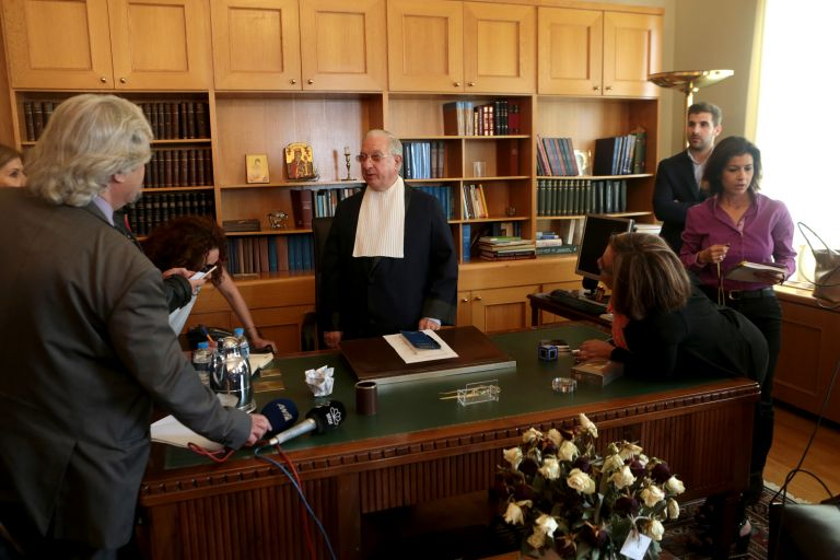 Chief Justice cites 'pauperisation' of pensioners as one cause of resignation   tanea.gr