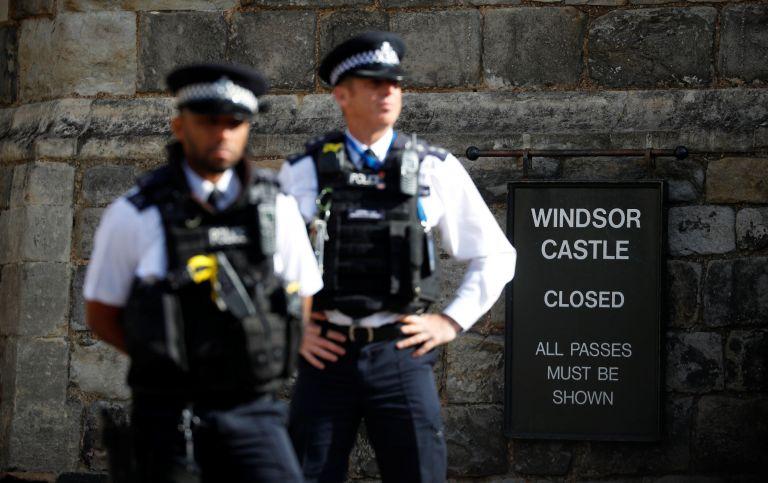 Βρετανία: Ενοπλοι αστυνομικοί συνέλαβαν έναν ύποπτο για τρομοκρατία | tanea.gr