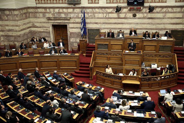 Οι γαλάζιες ερμηνείες του νέου ιδεολογικού πολέμου ΣΥΡΙΖΑ – ΝΔ | tanea.gr