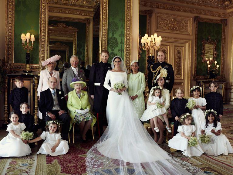 Εμειναν σπίτια τους να δουν τον γάμο   tanea.gr