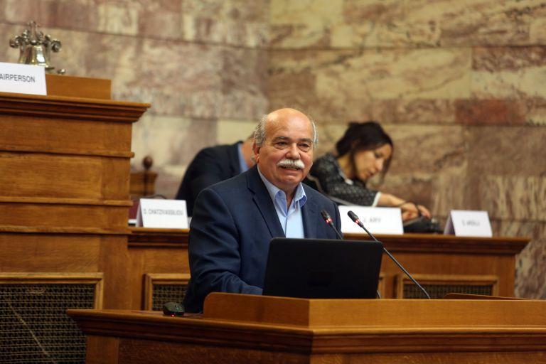 Βούτσης: Σε ένα νόμο με τη διαδικασία του επείγοντος τα προαπαιτούμενα | tanea.gr