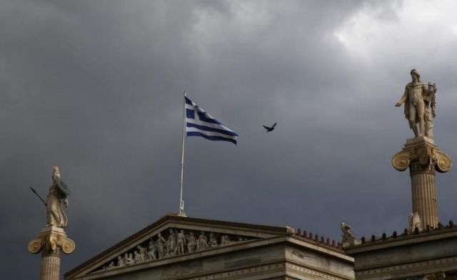 Handelsblatt: Ασφυκτικός έλεγχος στην Ελλάδα τουλάχιστον ως το 2050 | tanea.gr