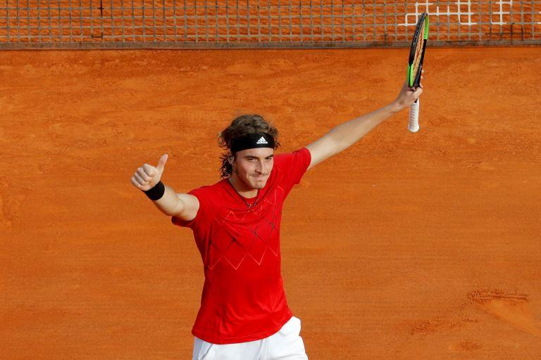 Ρολαν Γκαρός: Πρώτη νίκη σε Grand Slam για τον Τσιτσιπά   tanea.gr