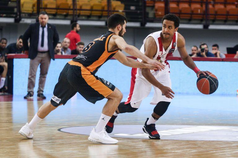 Α1 μπάσκετ:  Ο Παπανικολάου λύτρωσε τον Ολυμπιακό | tanea.gr