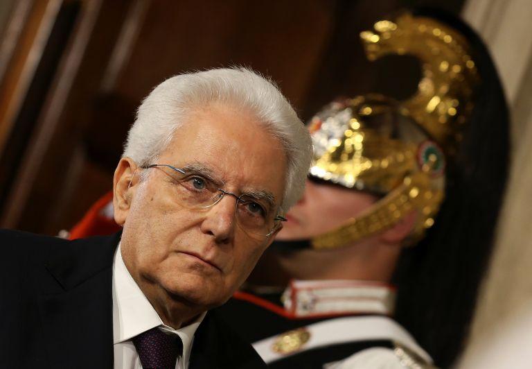 Ολη η Ευρώπη με κομμένη την ανάσα παρακολουθεί την πρωτοφανή κρίση στην Ιταλία   tanea.gr