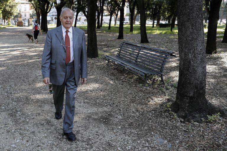 Αιχμές Σαβόνα κατά Ματαρέλα για το μπλόκο στην κυβέρνηση | tanea.gr