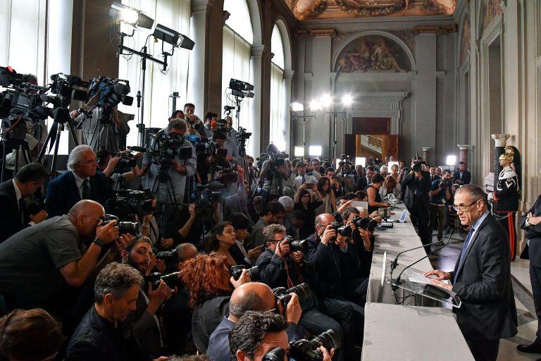 Το Βερολίνο ελπίζει στη δημιουργία σταθερής κυβέρνησης στην Ιταλία | tanea.gr