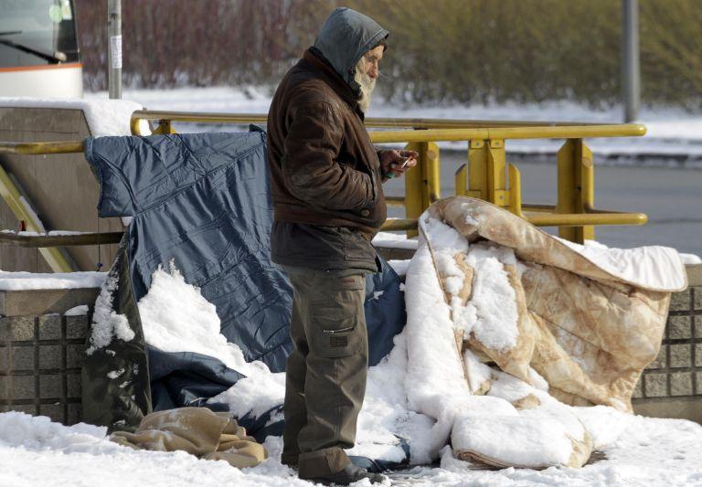 Σε συνθήκες απόλυτης φτώχειας πάνω από πέντε εκατ. Ιταλοί   tanea.gr