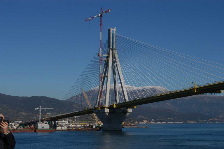 Διαμαρτυρία για τις τιμές των διοδίων στη γέφυρα Ρίο – Αντίρριο | tanea.gr