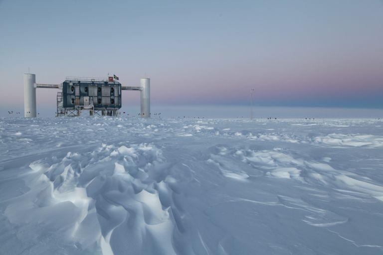 Η Ανταρκτική χάνει 219 δισ. τόνους πάγου το χρόνο την τελευταία πενταετία   tanea.gr