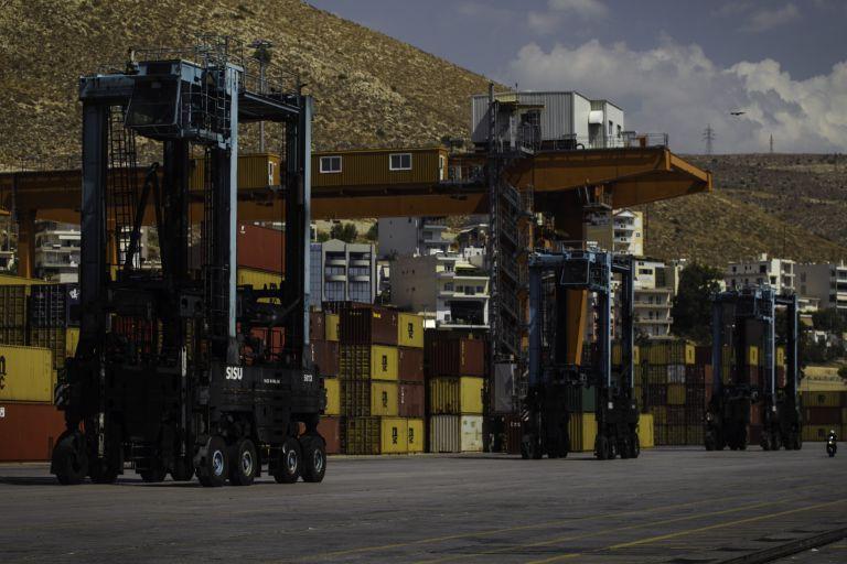 Αναστολή των απεργιακών κινητοποιήσεων στο λιμάνι του Πειραιά | tanea.gr