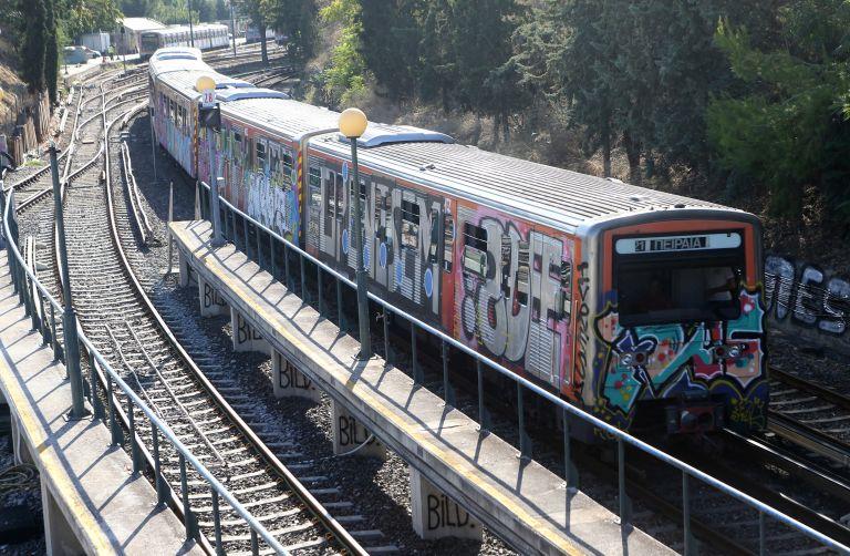 ΗΣΑΠ: Κλειστός ο σταθμός στο Μοναστηράκι – Γυναίκα έπεσε στις γραμμές | tanea.gr