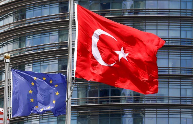 Η Τουρκία καταγγέλλει την «υποκρισία» της ΕΕ στις ενταξιακές διαπραγματεύσεις | tanea.gr
