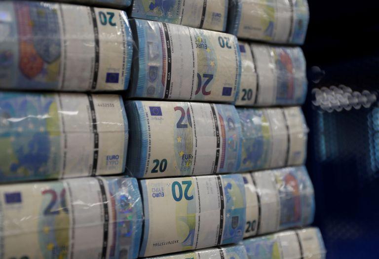 Αυτό είναι το Μεσοπρόθεσμο: Τι προβλέπει για πλεονάσματα, έσοδα, ανεργία | tanea.gr