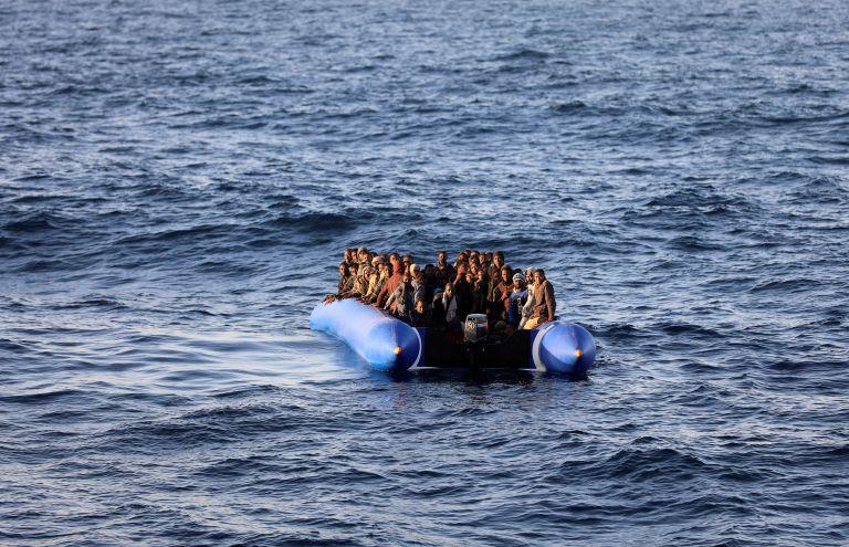 Τυνησία: Περισυνέλεξαν 11 πτώματα μεταναστών   tanea.gr