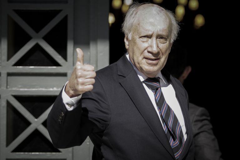 Ο Νίμιτζ χαιρετίζει τη συμφωνία   tanea.gr