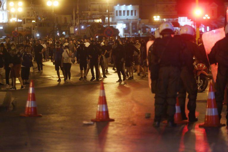 Μυτιλήνη: Ερευνες σε σπίτια για επιθέσεις σε μετανάστες | tanea.gr