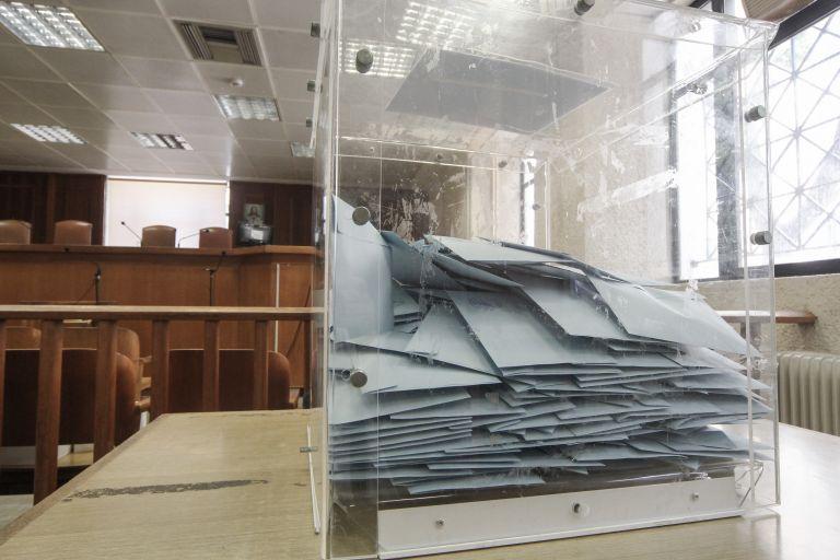 Συγκροτήθηκε σε  σώμα το νέο Δ.Σ. της Ενωσης Δικαστών και Εισαγγελέων   tanea.gr