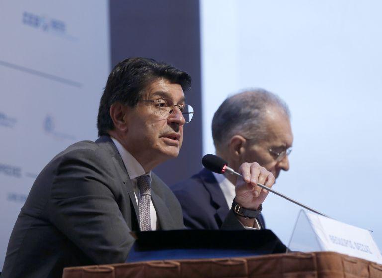 Φέσσας: Παράλογο ο υπουργός να καθορίζει μισθούς οριζόντια   tanea.gr