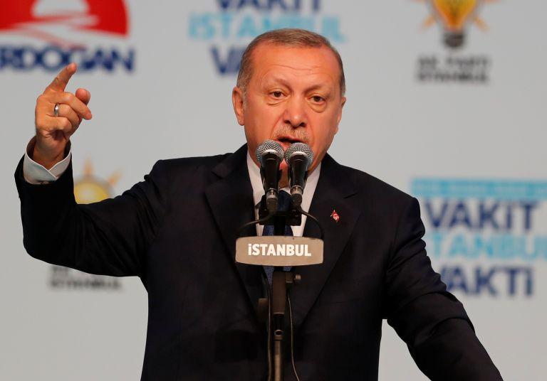 Ο Ερντογάν προκαλεί τις ΗΠΑ για τα F-35 | tanea.gr