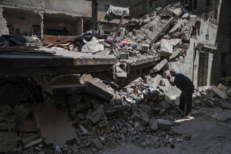 Συρία: Αεροπορικές επιδρομές του ιρακινού στρατού εναντίον του ΙΚ | tanea.gr