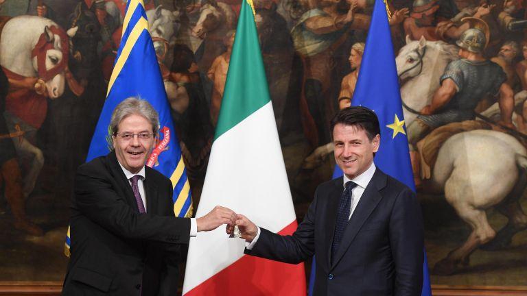 Γιούνκερ: Θα στηρίξουμε τα μεταρρυθμιστικά σχέδια της Ιταλίας | tanea.gr