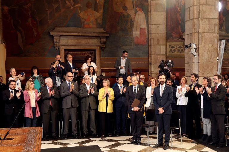 Ορκίστηκε η κυβέρνηση της Καταλωνίας με δεσμεύσεις για ανεξαρτησία | tanea.gr