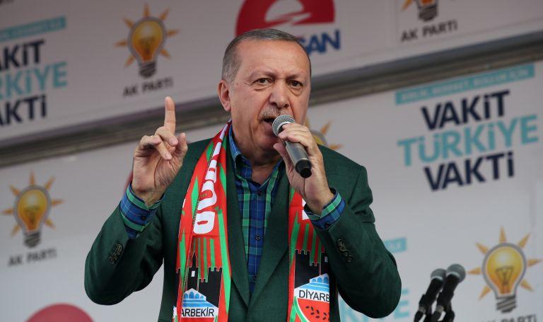 Ο Ερντογάν ζήτησε από τους Κούρδους να τον ψηφίσουν | tanea.gr