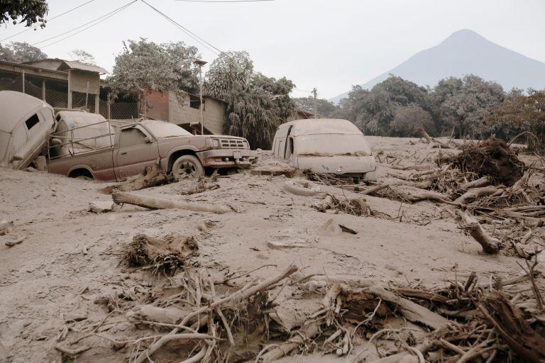 Και σεισμός στη Γουατεμάλα μετά τη φονική ηφαιστειακή έκρηξη | tanea.gr