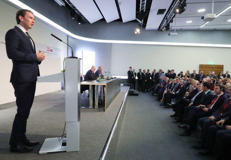 Κουρτς: Να κάνουμε την Ευρώπη ασφαλέστερη απέναντι στην παράνομη μετανάστευση | tanea.gr