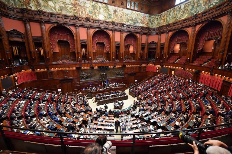 Ελαβε ψήφο εμπιστοσύνης η ιταλική κυβέρνηση | tanea.gr