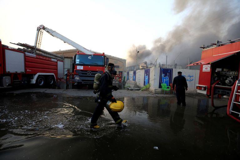 Ιράκ: Στις φλόγες κάλπες και εξοπλισμός από τις πρόσφατες βουλευτικές εκλογές | tanea.gr