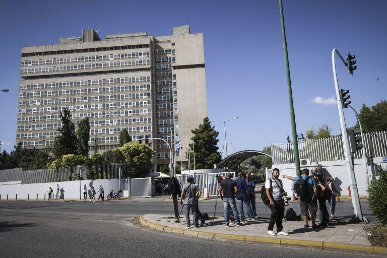 Στον εισαγγελέα την Τρίτη οι 20 του Ρουβίκωνα | tanea.gr