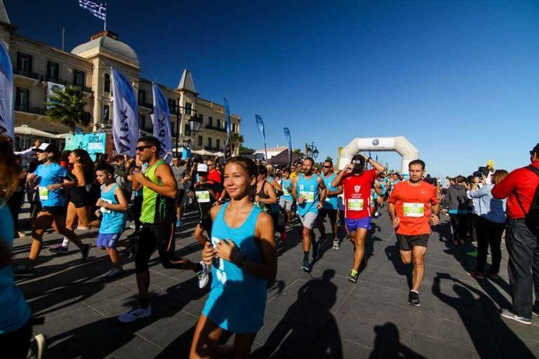 Aνοιξαν οι εγγραφές για το Spetses mini Marathon 2018! | tanea.gr