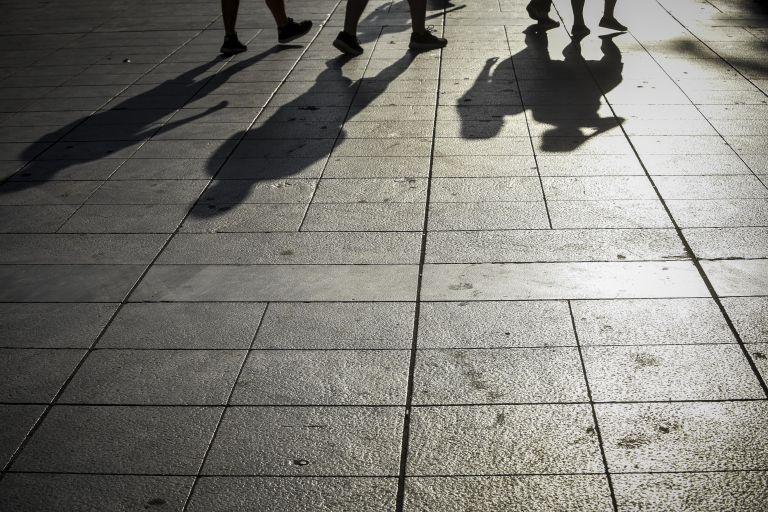 ΟΟΣΑ: Στην Ελλάδα ένας φτωχός ανεβαίνει κοινωνική κλίμακα σε τέσσερις γενιές   tanea.gr