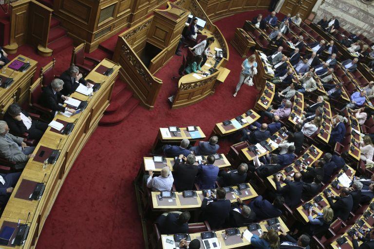 Μετωπική σύγκρουση με φόντο τις Πρέσπες   tanea.gr