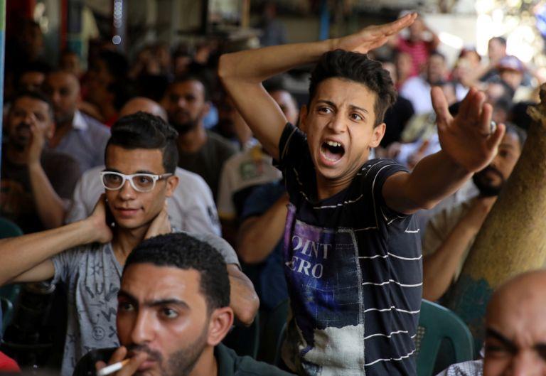 Δεν βάζει χαράτσι στις τιμές κινητής τηλεφωνίας η Αιγυπτος | tanea.gr